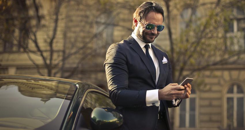 Die richtige Sonnenbrille für den modebewussten Mann